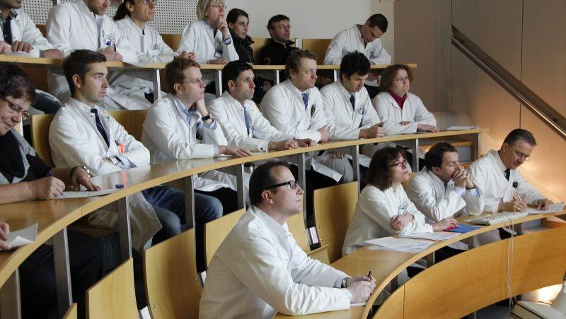 البروفيسور - روديغر فون أيزنهارت - روت - مستشفى رشتس دير إيزار التابع لجامعة ميونخ التقنيةr - فريق الخبراء