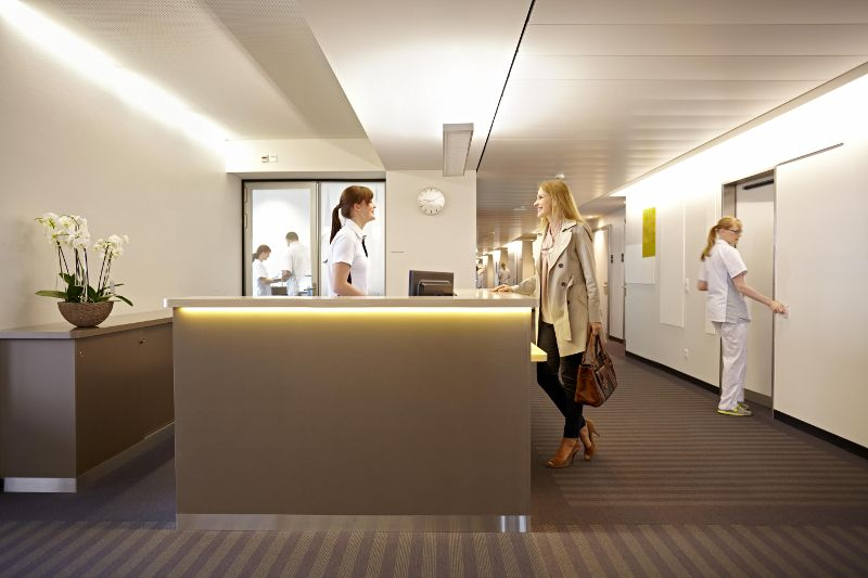 Prof. - Ralf Werner Baumgartner - Hirslanden Clinic - reception area