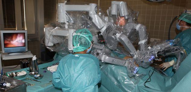 بروفيسور - دانيل فينك - مستشفى زيورخ الجامعي  - غرفة العمليات