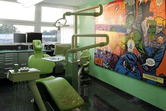 ميلان ميشاليديس - عيادة الأسنان Michalides&Lang