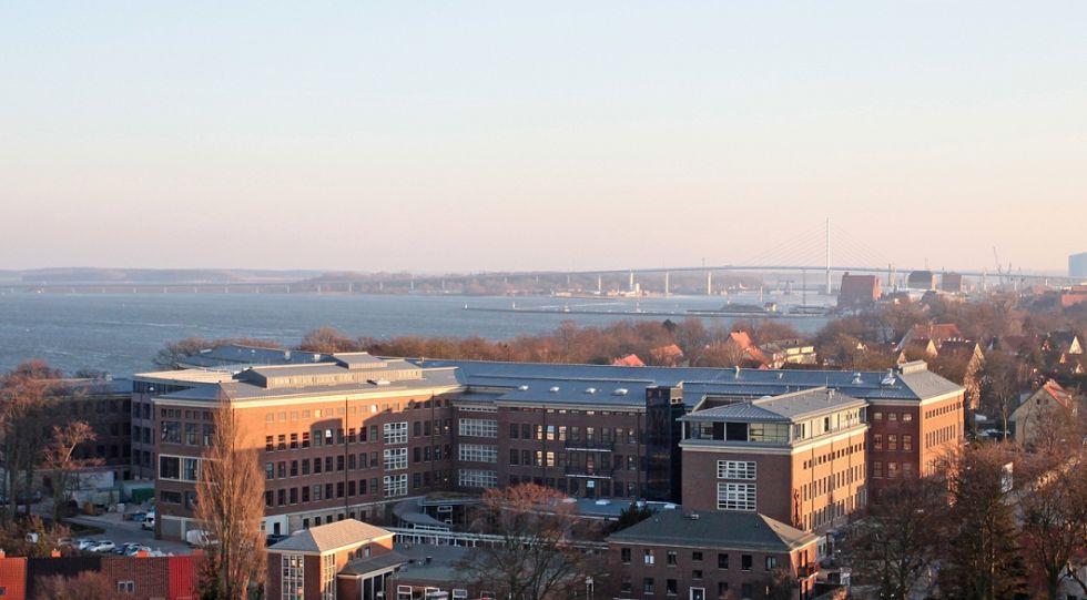 Prof. - Matthias Birth - Helios Hanseklinikum Stralsund - exterior view
