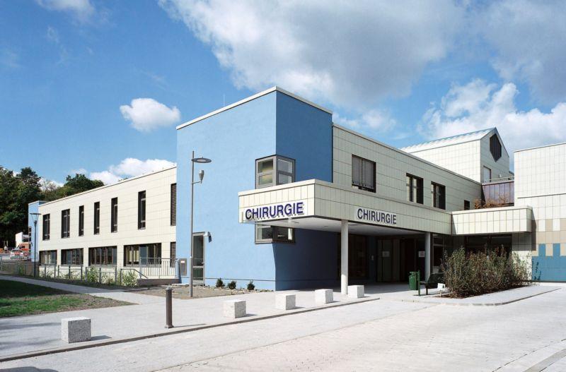 Prof. - Hans-Joachim Schaefers - Saarland University Hospital - exterior view