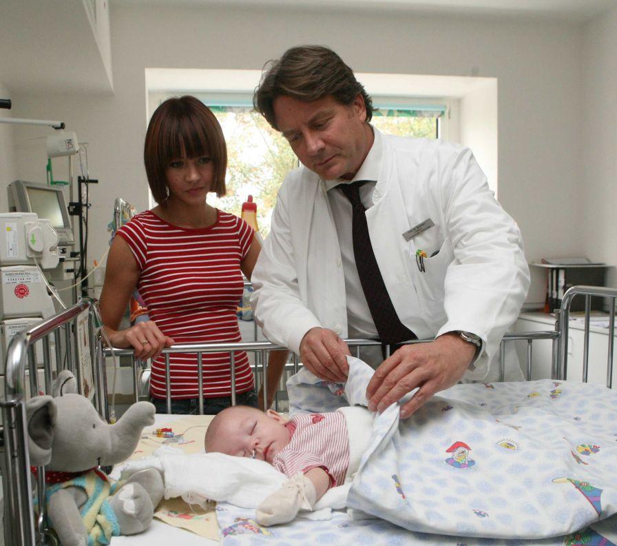 البروفيسور - توماس بويمرس - مستشفى مدينة كولون المحدودة المسؤولية - مستشفى الأطفال في أمستردامر  - العلاج