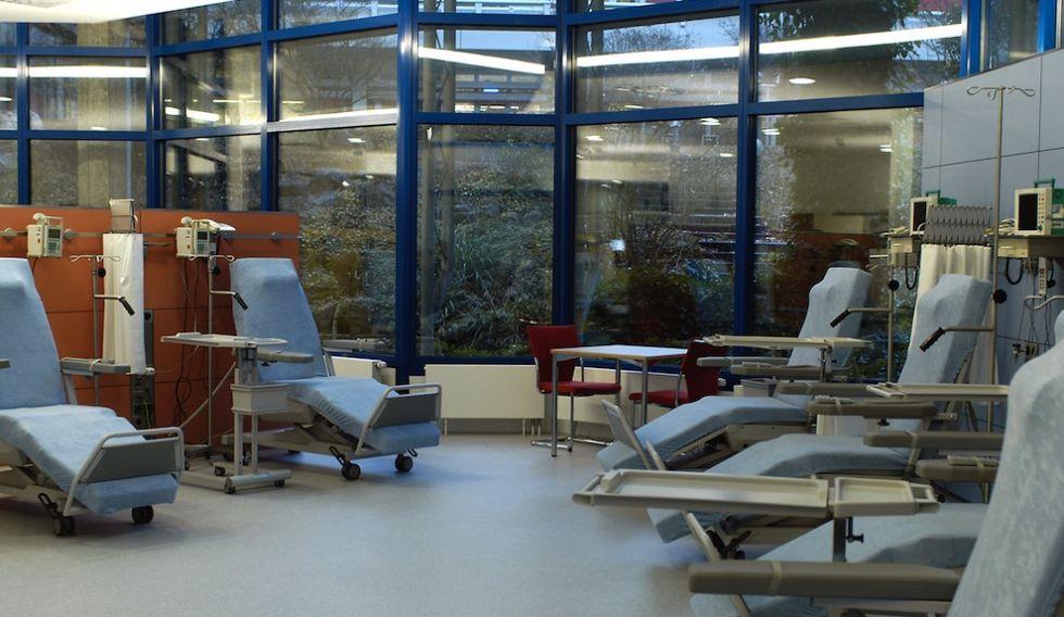 البروفيسور - هارتموت دونر - مستشفيات جامعة أولم - العلاج