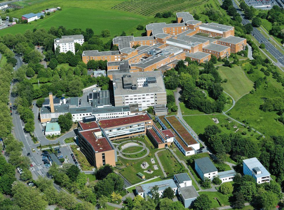 البروفيسور - أوفه مارتينس - مستشفيات SLKهايلبرون ش.م.م ـ مستشفى غيزوندبرونين، مركز الأورام هايلبرون ـ فرانكن - موقع المستشفى