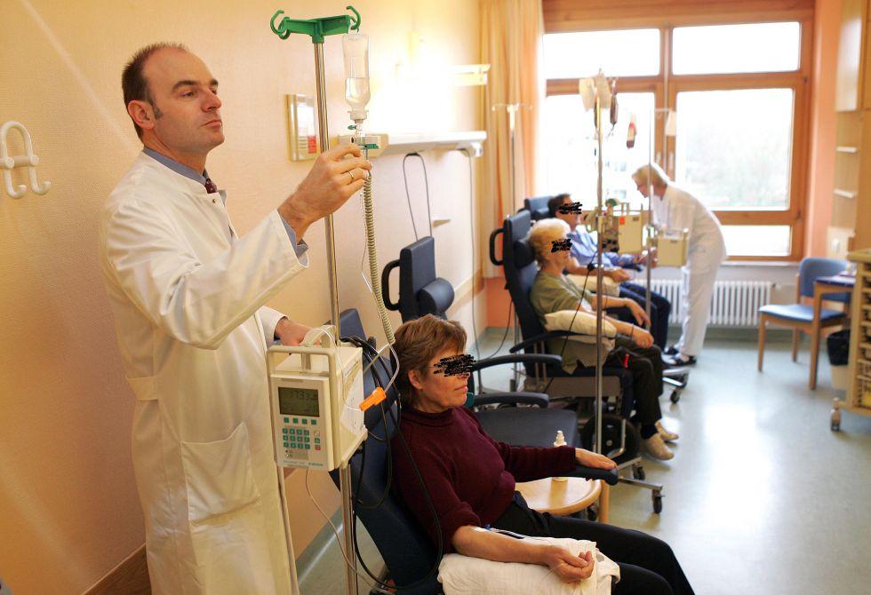 Prof. - Uwe Martens - SLK Kliniken Heilbronn GmbH – Klinikum am Gesundbrunnen Tumor Center Heilbronn-Franconia - treatment room