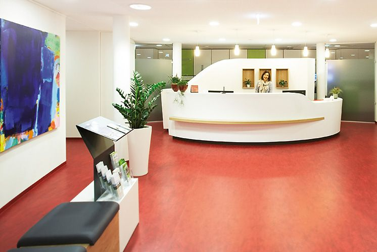 Dr. - Christian Weißenberger - Centre for Radiotherapy - reception area