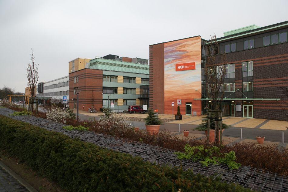 البروفيسور - كارل-ديتر  هيللر - مستشفى الدوقة إليزابيث - المنظر الخارجي
