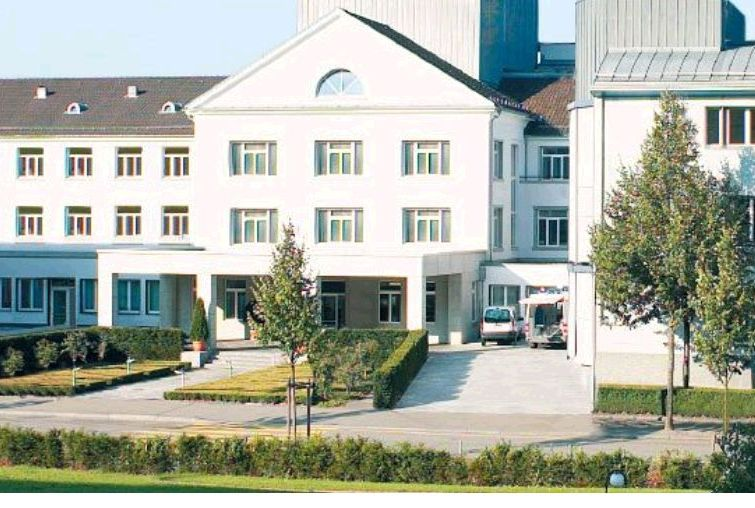 Dr. - Ralf A. Kockro - Hirslanden Clinic