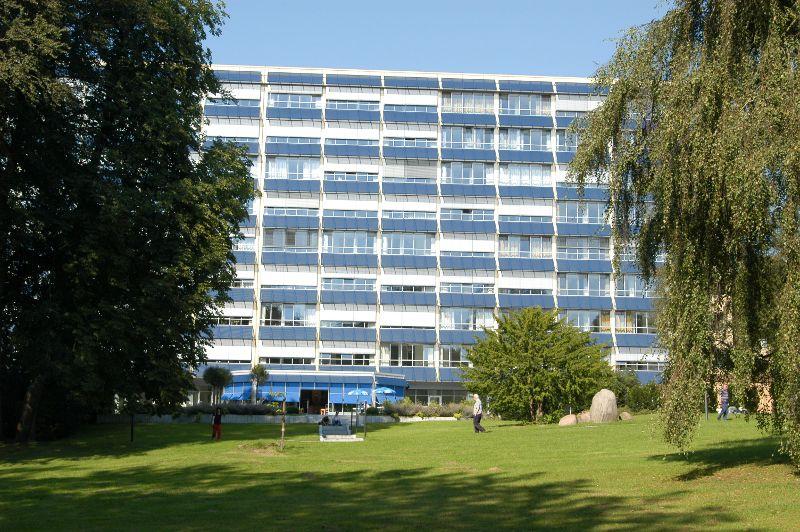 Prof. - Klaus F. Rabe - Grosshansdorf Pulmonary Clinic - exterior view