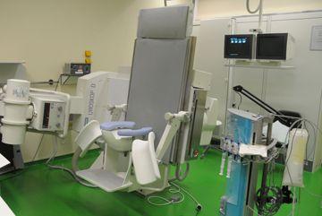 Prof. - Axel Heidenreich - University Hospital Aachen (UKA) - treatment room