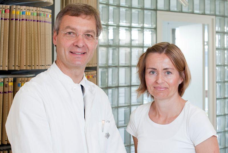 الدكتور - بيرنفارد هـ.  موللا - عيادة الدكتور الطبيب بيرنفارد هـ. موللا للجراحة - فريق