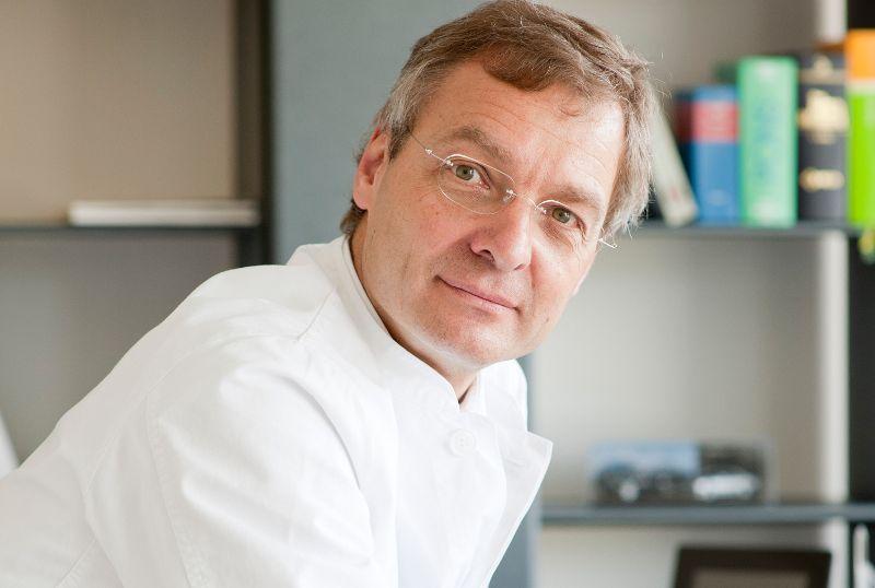 Dr. - Bernward H. Mölle - Surgical Practice Dr. med. Bernward H. Mölle - expert