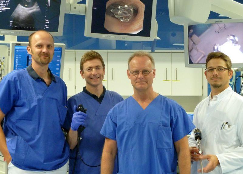 البروفيسور - لوتس فرايتاج - مستشفى رورلاند - فريق الخبراء