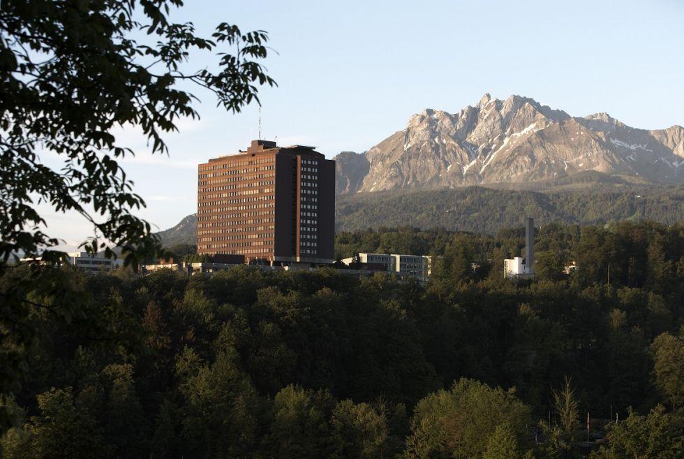 Asst - Karl F. Kothbauer - Lucerne Cantonal Hospital (LUKS)