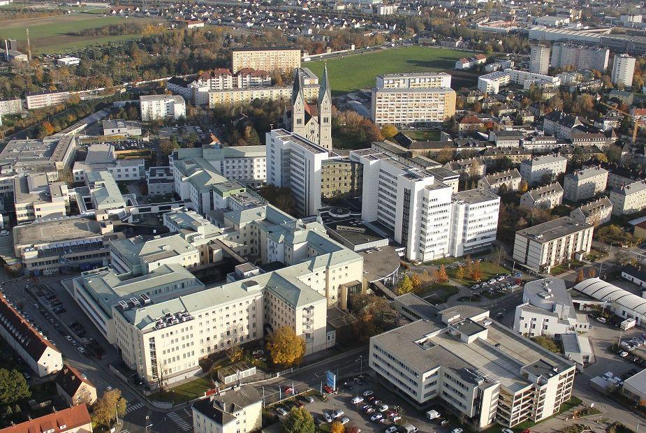 Prim. - Bernd Eber -  Wels-Grieskirchen Hospital (Klinikum Wels-Grieskirchen GmbH)