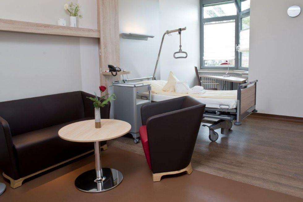 Dr - Volker Fackeldey - Kitzinger Land Clinic