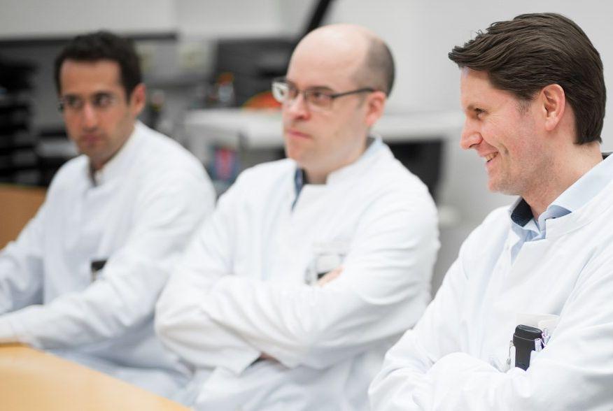 البروفيسور - تينوش  راساف  - مستشفى إيسن الجامعي | مركز القلب بغرب ألمانيا