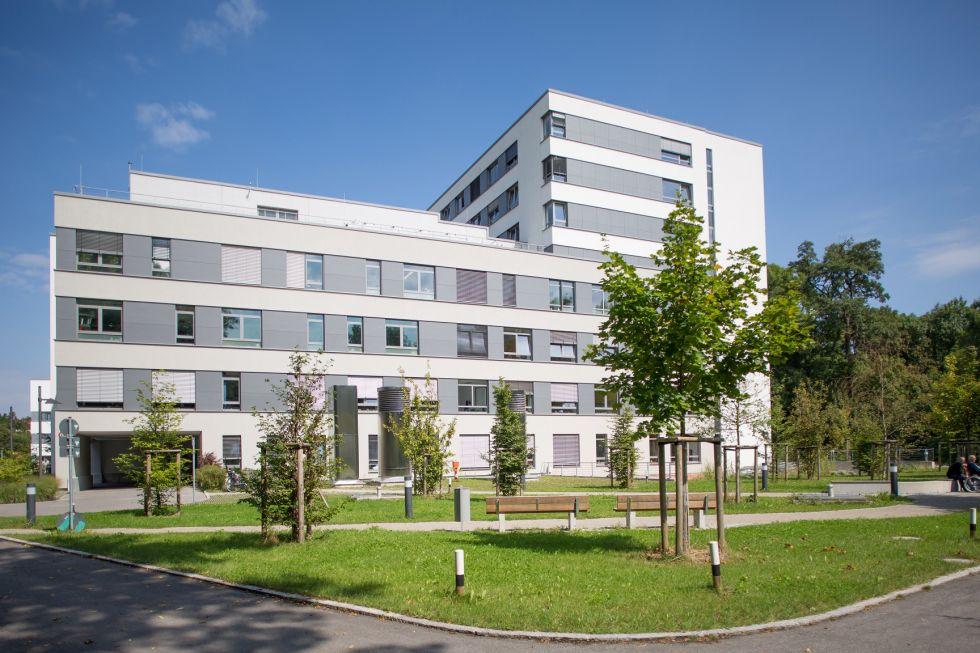 Dr - Reza Ghotbi - HELIOS Hospital, Munich West – Department of Vascular Surgery