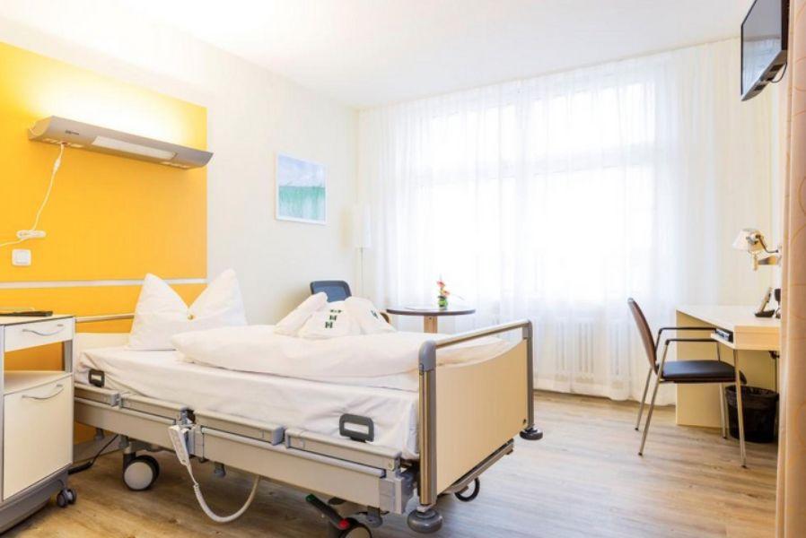Prof. MUDr. - Martin Kostelka - Heart Center Leipzig