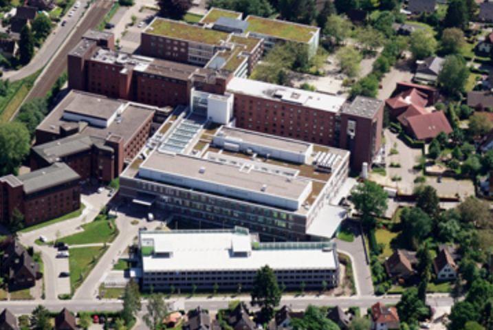 Dr. - Henrik Zecha - Albertine Hospital