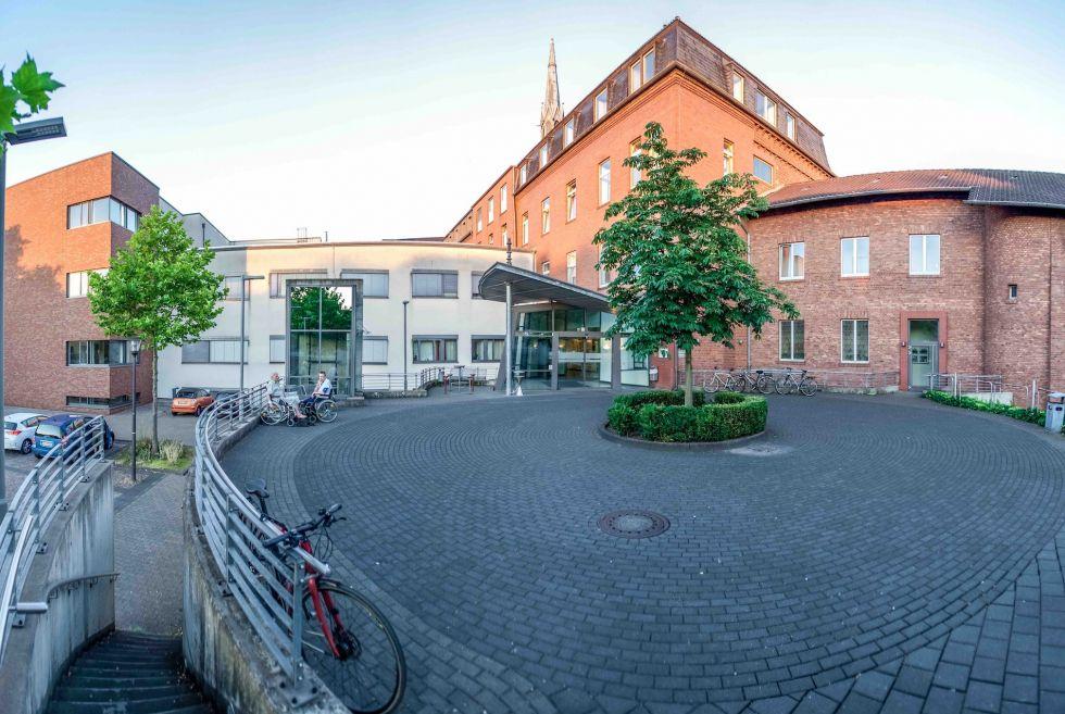 Asst. - Dimitrios Pantelis - GFO Hospitals, Bonn