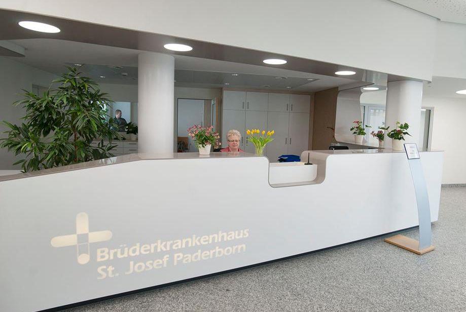 Prof. - Norbert Lindner - St. Josef Bruederkrankenhaus, Paderborn