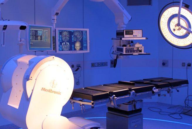 Prof. - Robert Reisch - ENDOMIN – Center for Endoscopic and Minimal Invasive Neurosurgery