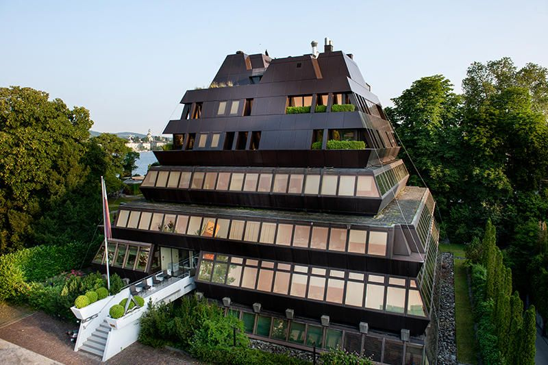 Dr. - Georg Wille - Pyramid House