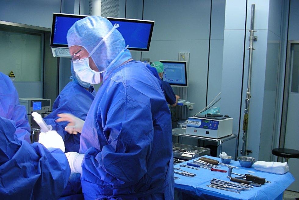 Asst. - Matthias Steinwachs - Hirslanden Hospital