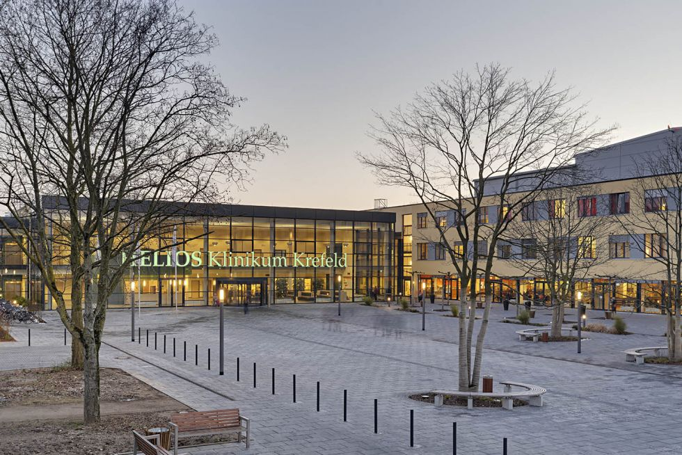 Prof. - Juergen Ennker - HELIOS Hospital, Krefeld – Department of Cardiac Surgery (Lower Rhine Cardiac Center)