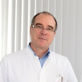 Dr. - Dirk Guehlen - Foot surgery and ankle surgery -