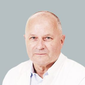 Dr. - Matthias Hoppert - Knee surgery -