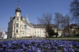 أخصائيون وخبراء طبيون في أولدينبورغ