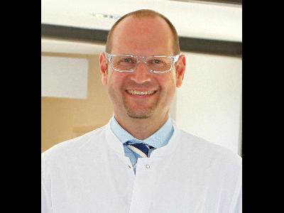 Asst - Ralf Decking - Knee endoprosthetics - Leverkusen