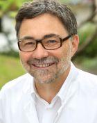 الدكتور - راينهارد توما - طب الألم - ميونيخ