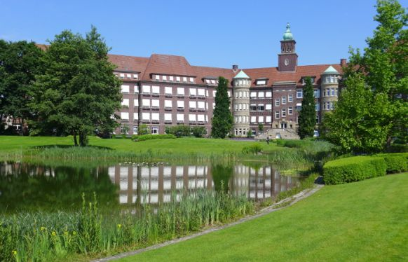 Prof. - Gerd Rudolf Lulay - Health Center Rheine: Mathias Spital - exterior view