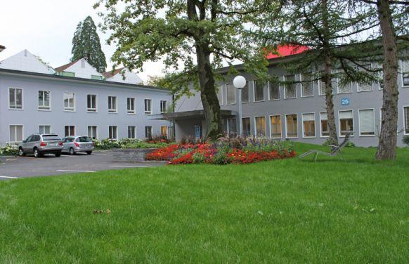 Prof. - Stephan Bodis - Cantonal Hospital Aarau AG - exterior view