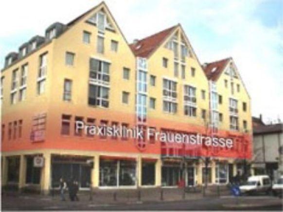 Prof. - Karl Sterzik - Praxisklinik Frauenstraße Ulm - exterior view