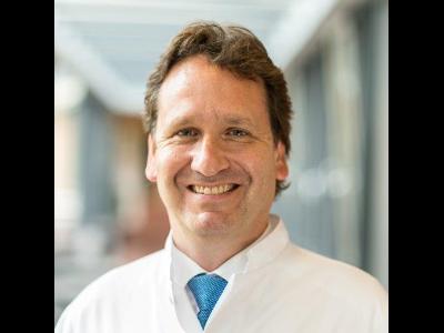 البروفيسور - كارستن دراينهوفر - التأهيل الخاص بطب العظام والمفاصل - برلين