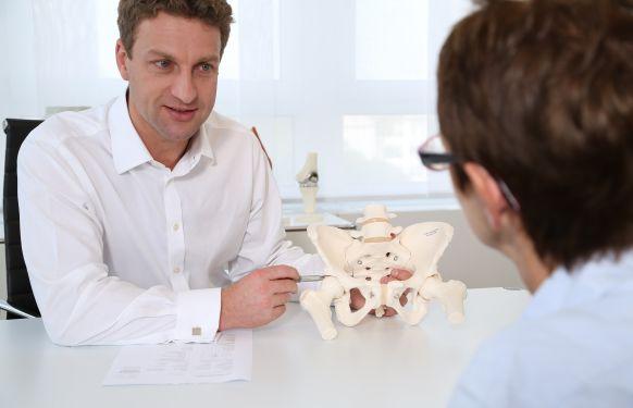 البروفيسور - هانز جولفيتسر - ECOM® مركز الطب الممتاز