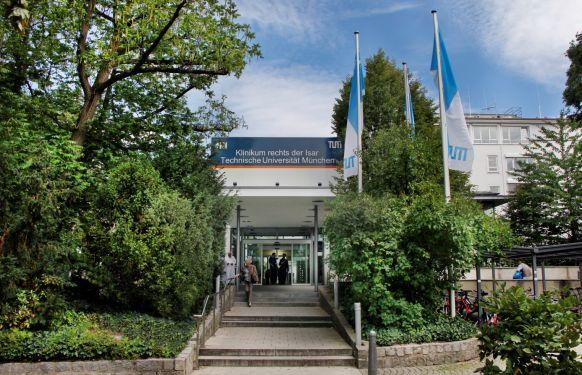 بروفيسور - هانس - هيننينج  إيكشتاين - مستشفى رشتس دير إيزار التابع لجامعة ميونخ التكنولوجية