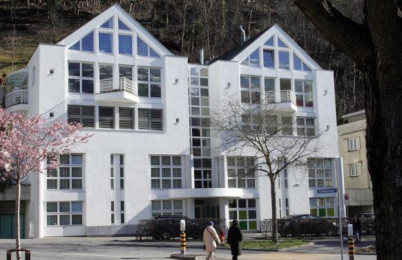 الدكتور - كريستيان شتاينر - مستشفى كلينيك جوت كور (Klinik Gut Chur)