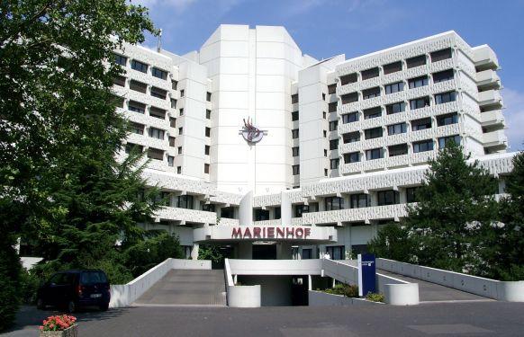Prof. - Jan Maurer - المستشفى الكاثوليكي - مارينهوف كوبلنس