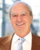 البروفيسور - بوب دجافان - طب الأعصاب - فيينا