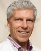 Dr. - Karl Schmoranzer - Knee Surgery - Berlin