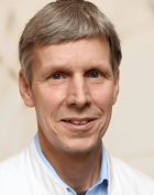 Dr. - Uwe Simon - Knee Surgery - Berlin