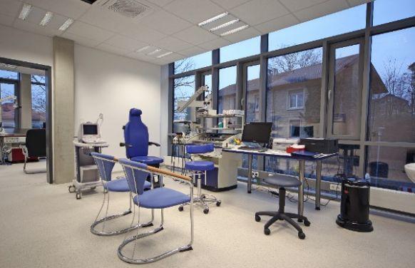 الدكتور - بودو شيفمان - العيادة الخارجية لعلاج الدوار في سينسهايم