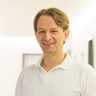 Dr Bodo Schiffmann