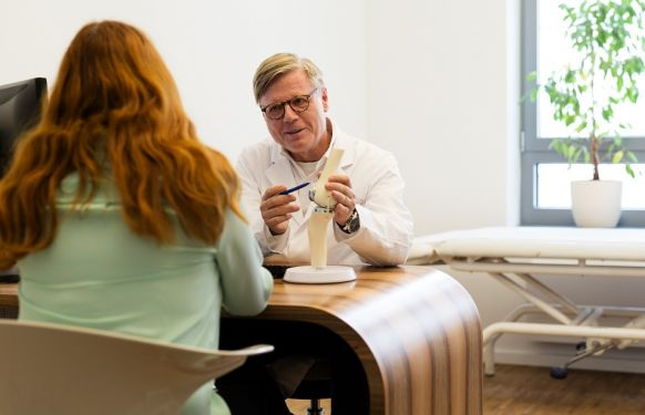 Prof. - Heino Kienapfel - Orthopaedics on the Tauentzien